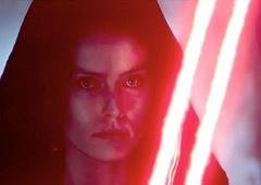 A Ascensão Skywalker | Colecionável mostra sabre sombrio de Rey!