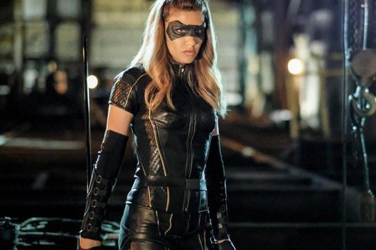Arrow   Série vai ter episódio dedicado às Canário Negro