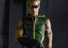 Arrowverso: Arqueiro Verde de Smallville faz aparição em Elseworlds!