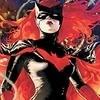 Batwoman e Constantine podem estar chegando às séries do CW