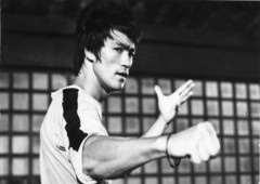 Quem foi Bruce Lee, o mestre das artes marciais?