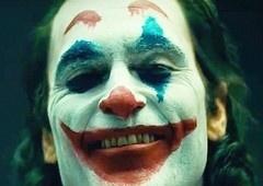 Coringa | Todd Phillips diz que adoraria desenvolver sequência com Joaquin Phoenix