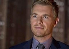 Eddie está de volta para a terceira temporada de The Flash