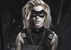 Felicity Smoak pode ser a próxima Canário Negro