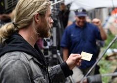 Foto de Thor: Ragnarok indica crossover com outro filme Marvel