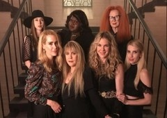 FX renova American Horror Story para mais TRÊS temporadas!