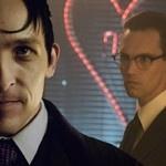 Gotham: ator Robin Lord Taylor (Pinguim) acusa fãs de homofobia