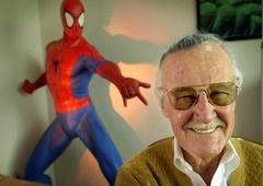 Homem-Aranha no Aranhaverso | 3º cameo de Stan Lee é encontrado!