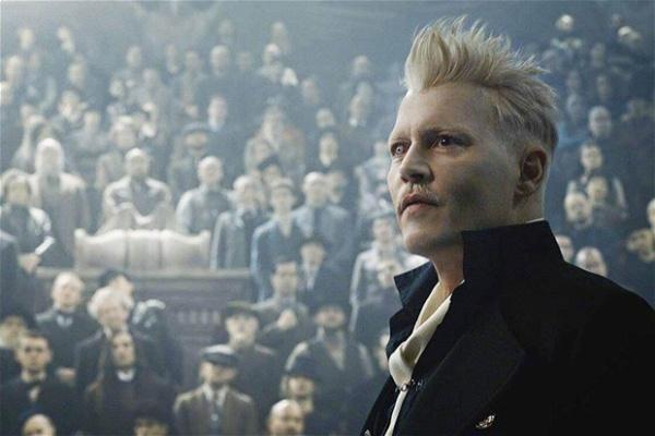 Johnny Depp como Grindewald