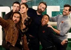 Liga da Justiça: Elenco revela cenas deletadas