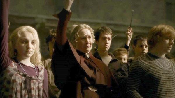 Luna no funeral de Dumbledore