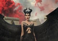 Malévola 2 | Vídeo mostra transformação de Angelina Jolie!