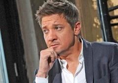 Marvel pode substituir Jeremy Renner após acusações de violência doméstica