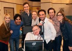 Morre Stephen Hawking! Atores de The Big Bang Theory se despedem