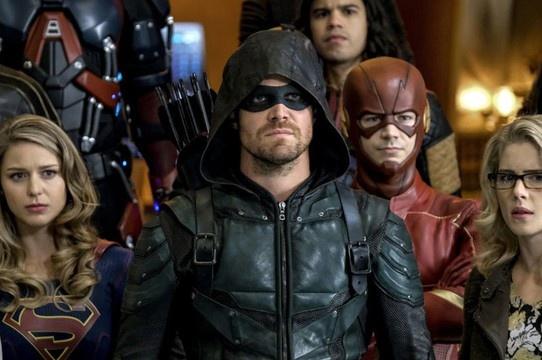O final de Arrow vai determinar o fim do Arrowverso!