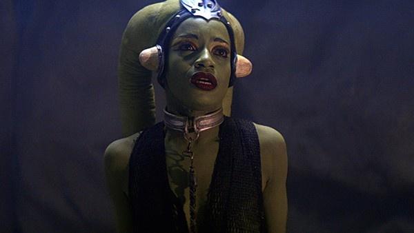 Oola, dançarina Twi'lek