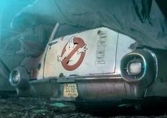Os Caça-Fantasmas 3 | Primeiras imagens do ECTO-1 no set!
