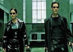 Qual é a ordem cronológica da franquia Matrix?
