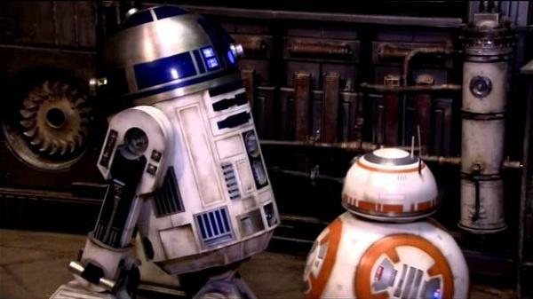 R2-D2 clip