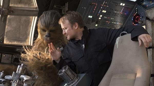 Rian Johnson e Chewbacca