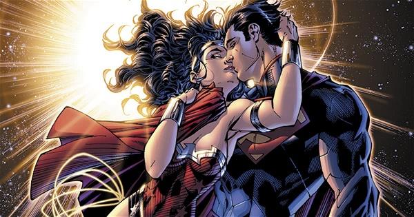 Romance entre Mulher-Maravilha e Superman deixa de ser cânone ...