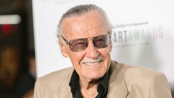 Stan Lee é hospitalizado após problemas no coração