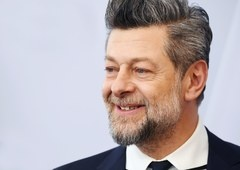 The Batman | Andy Serkis poderá ser escalado para o papel de Alfred
