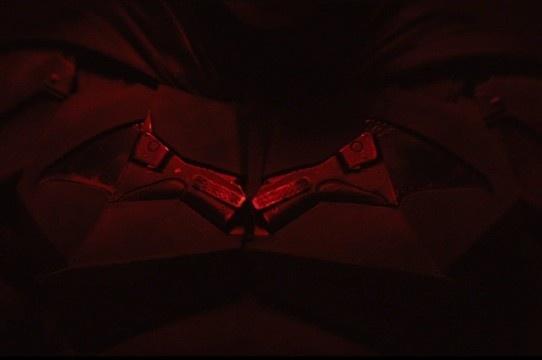 The Batman | Primeiras imagens de Robert Pattinson como Batman! (VÍDEO)