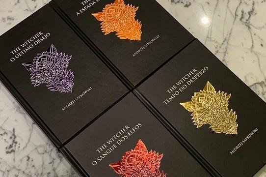 Livros de The Witcher ganham versões em capa dura e audiobook!