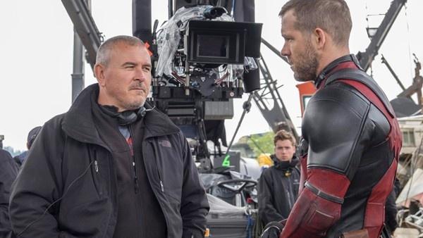 Tim Miller e Ryan Reynolds nas filmagens de Deadpool