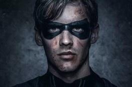 Titãs | Série ganha novo trailer com Dick Grayson como Asa Noturna!