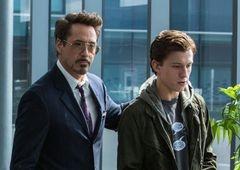 Vingadores: Ultimato   Revelado reencontro alternativo de Tony e Peter